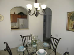 condo Vacation Rental dining area