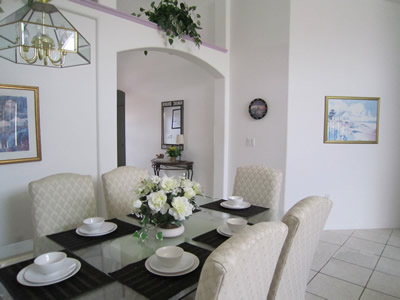 Eaglet Lane dining area