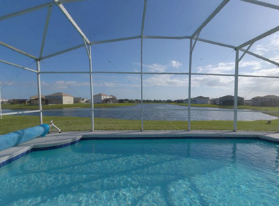 Executive Lakeside vacation rental pool